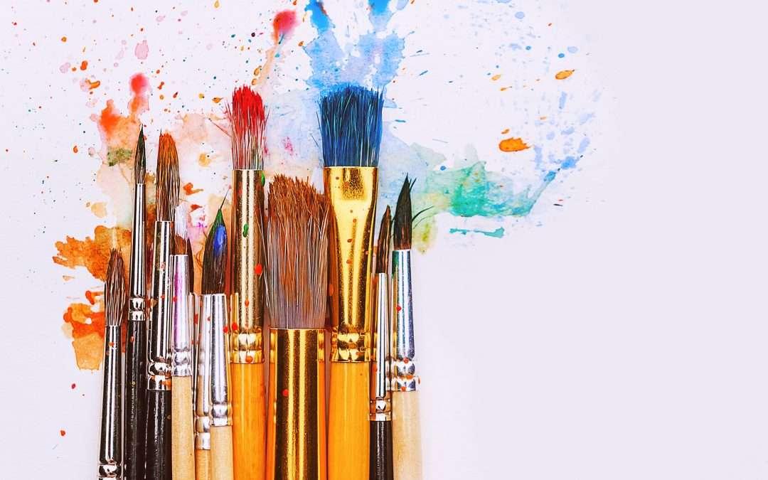 Guía básica de pinceles para pintura artística